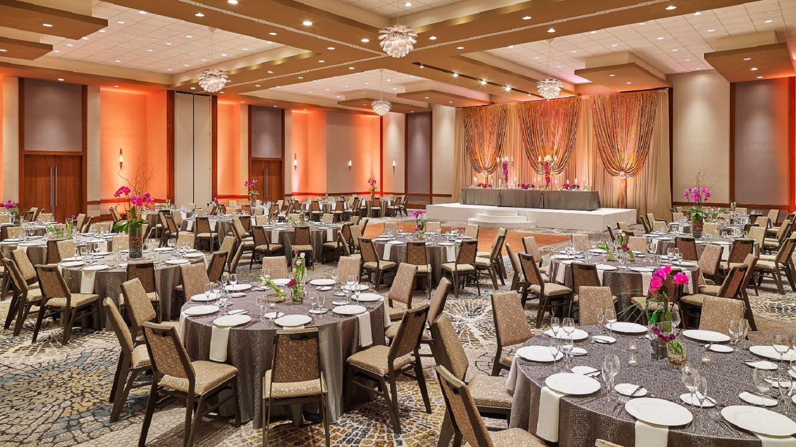 he Westin Chicago North Shore - MEETINGHOUSE Weddings Space